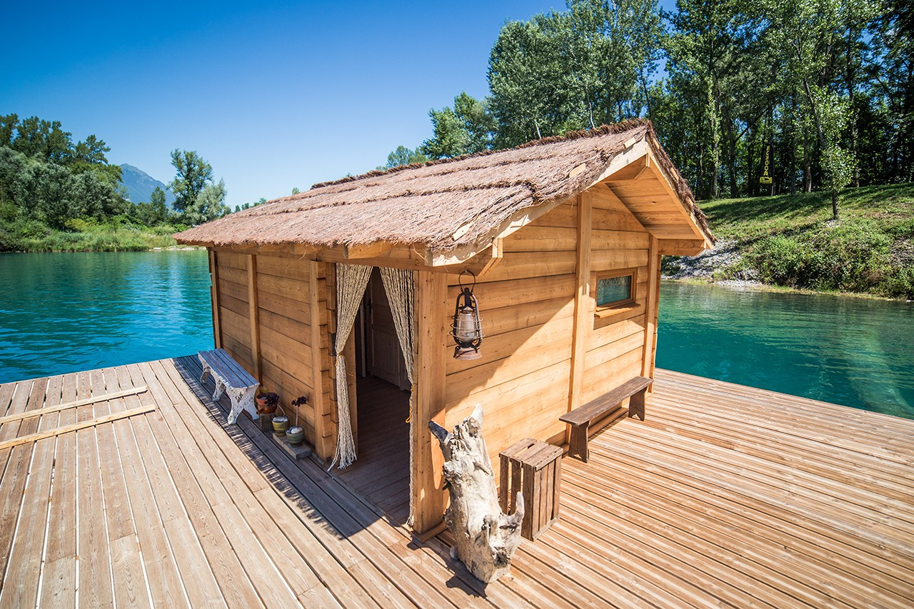 location cabane sur l 39 eau wam park 73 wakeboard et ski nautique. Black Bedroom Furniture Sets. Home Design Ideas